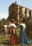 LE RUBAN DE PROVENCE Chapelle Saint Gabriel - Costumes