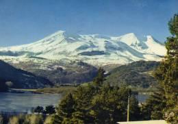 Le Lac Chambon Murol Vue Panoramique Sur La Chaîne Des Mont-Dore-Sancy (versant Est) - Autres Communes
