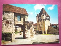Nevers ( 58 ) La Porte Du Croux - Nevers