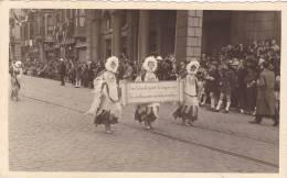 RP, Festival, Ladies Carrying A Sign, Liege, Belgium, 1920-1940s - Belgique
