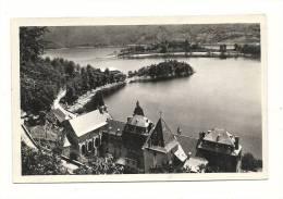Cp, 15, Chaudesaigues, Lac De Sarranc, Vue D'Ensemble Sur La Presqu'Ile De Caussac - Sonstige Gemeinden