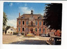 27  Pacy Sur Eure - L'Hôtel De Ville / Coccinelle Volkswagen,Citroen 2cv Et HY & Renault 8 - Pacy-sur-Eure