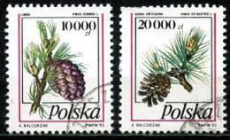 Pologne   Y&T   3252 - 3253   Obl    ---   Pommes De Pin   ---  TB - 1944-.... République