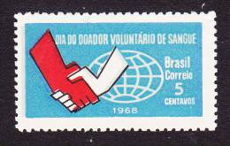 Brazil, Scott #1108, Mint Hinged, Clasped Hands And Globe, Issued 1968 - Brazil