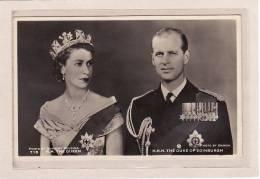 FAMILLES ROYALES / H.M. THE QUEEN & H.R.H. THE DUKE OF EDINBURGH - Familles Royales