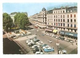 Lyon-Place De La République-  Voitures 2cv, Ami 6---véhicules  (Réf .2300) - Voitures De Tourisme
