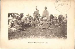Goumiers Marocains Buvant Le Thé, Avec Tampon Militaire - Bon état - Maroc