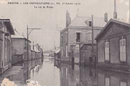 10 /  TROYES / LES INONDATIONS / LA RUE DE PREIZE - Troyes