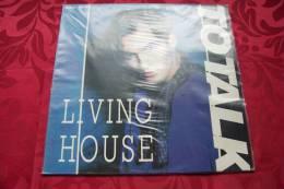TO TALK  °  LIVING HOUSE - 45 T - Maxi-Single