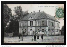 28 - AUTHON DU PERCHE - HOTEL DE VILLE ET L´ECOLE - France