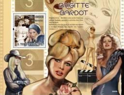 st9403b S.Tome Principe 2009 Famous actress Brigite Bardot S/S Rose