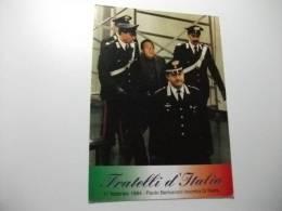 Fratelli D'italia  Paolo Berlusconi Incontra Di Pietro  Carabinieri - Personnages