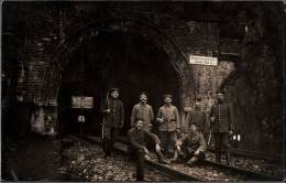 ! Foto , Photo Niederscheldener Tunnel, Siegen, Eisenbahntunnel, Soldaten - Siegen