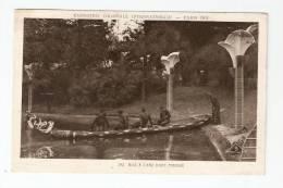 CPA - 75 - Paris : Exposition Coloniale Internationale : 1931 : Mise à L'Eau D'une Pirogue : Vue Peu Commune - Expositions