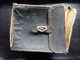 Pochette Pour Appareil Photo Ancien En Carton Et Molestine 14x7x9x16cm- - Photographie