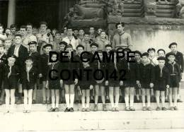13 ARLES PHOTOGRAPHIE DE PRESSE SCOUT SCOUTISME ECLAIREURS ECLAIREUSES  JEUNESSE SAINT TROPHIME - Scoutisme