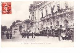 TOURS  --   Remise Des Décorations Du 14 Juillet - Tours