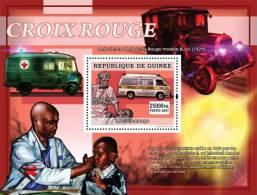 Gu0790a Guinea 2007 Red Cross S/s Albert Schweitzer Ambulance Michel: 5034 / Bl.1372 Yvert&Tellier: 727 - Albert Schweitzer