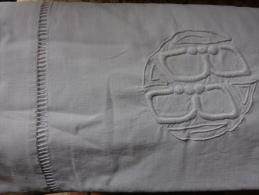 Drap Ancien  Monogramme  B B-. - Bed Sheets