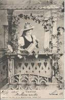 CARTE POSTALE PHOTO ORIGINALE ANCIENNE : JEUNE FEMME VAUDOISE DU LAC LEMAN AU BALCON FLEURI ; SUISSE ; CANTON DE VALAIS - Femmes