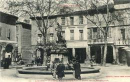 Limoux - Fontaine Monumentale Sur La Place De La République - Limoux