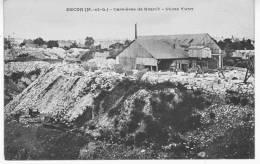 BECON Carrières De Granit - Usine YVON - Détails Sur Carriers Ouvriers Travaillant Le Granit - Andere Gemeenten