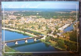 BRIARE LE CANAL (45). VUE AERIENNE  DU PONT CANAL SUR LA LOIRE .ANNEES 1990 - Autres Communes