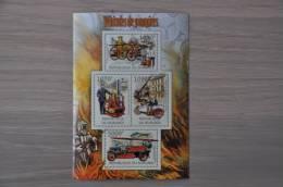 M1 - 63 ++ BURUNDI BRANDWEER FIRE FIGHTING VEHICLES DE POMPIERS FUERWAGEN  MNH ** - 2010-..: Ongebruikt