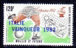 WALLIS ET FUTUNA - P.A N° 119 **  (1982) Football - Unused Stamps
