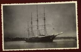 Top Cpa Carte Photo (2)  Le Hussar  /  Sea Cloud Célèbre Quatre Mâts Barque Le Plus Grand De L´ époque  EUG16 - Voiliers