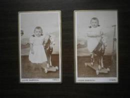 Petit Garçon Et Cheval De Bois. 2 Photographies Anciennes. Vers 1880 (Ypres) - Photos