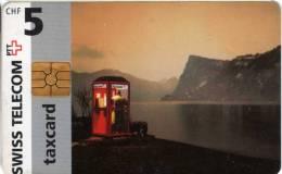 Suisse : Swiss Telecom Taxcard CHF 5 : Cabin Téléphonique 1997 - Téléphones