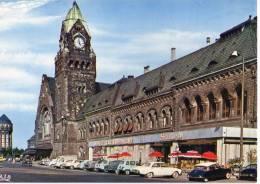 Metz,La Gare,Brasserie,Véhicules, - Metz