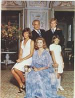 Le Prince Souverain Et La Princesse Grace Le Prince Albert La Princesse Caroline Et La Princesse Stephanie De Monaco - Koninklijke Families