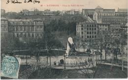 SAINT ETIENNE - Place Du Palais Des Arts - Saint Etienne