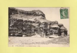 *  CPA..( Dépt 14 )..LION Sur MER  :  Les Falaises De Luc - ( 2 Scans ) - France