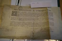 MANUSCRIT SUR  PARCHEMIN 1775 PRO LICENTIATU IN UTROQUE JURE + SIGNATURE - JOLI A VOIR - Manuscrits