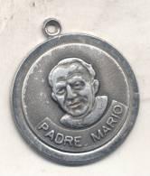 PADRE MARIO PANTALEO MEDALLA CIRCA 1988 - REPUBLICA ARGENTINA - MANOSANTA CURANDERO CHAMAN - Autres