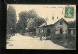 LE VAUDREUIL - La Gare - Frankrijk
