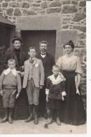 LANILDUT (FINISTERE) CARTE PHOTO D'EN SEJOUR PASSE PAR UNE FAMILLE DANS LA COMMUNE 1911 - France