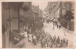Quedlinburg Umzug Militär Aufmarsch Photographische Artikel Milling Ungelaufen - Quedlinburg
