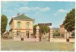 77 - Seine Et Marne / MELUN : Ecole De La Gendarmerie Nationale. - Melun