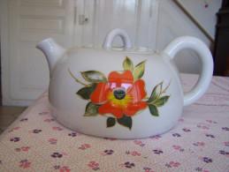 GRANDE THEIERE Ou POT A EAU Forme BOUILLOIRE En PORCELAINE épaisse +1kg  De FRANCE à Grosse Fleur - Teapots