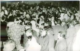 """Photo Sortie De Carnaval De Quartier Petit Village COUIZA Hte Vallée De L'AUDE """"Les Caravènes """" 1960 ? TBE - Lieux"""