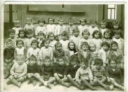 Photo Ecole  Mixte Classe Primaire 1940 ? LEZIGNAN CORBIERES ( Aude ) Mauvais état - Persone Identificate
