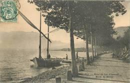 RIVES DU LAC D'ANNECY ROUTE DE SEVRIER AVEC VOILIER - Non Classés