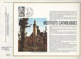 France - Feuillet CEF 404 - Instituts Catholiques - 1er Jour 14.05.77 Paris Et Lille - T. 1933 - Covers & Documents
