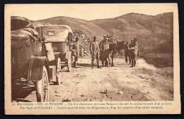 CPA  ANCIENNE- MACÉDOINE- CAMPAGNE ORIENT 1922-23- PIZADIRI- VIEILLES AUTOS MILITAIRES- CHAMEAUX PRIS AUX BULGARES- ANIM - Mazedonien