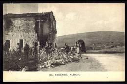 CPA  ANCIENNE- MACÉDOINE- CAMPAGNE ORIENT 1922-23- VLADOVO- BOMBARDEMENT ET CAMPEMENT DE LA TROUPE- ANIMATION GROS PLAN - Mazedonien