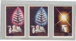 3 Timbres Christmas Noel 1973 YT N° 132/134** - Ile Norfolk